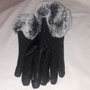 BLACK WOMEN FAUX LEATHER QUILTED GLOVES